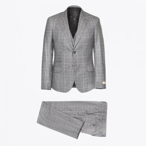circle of gentlemen suit